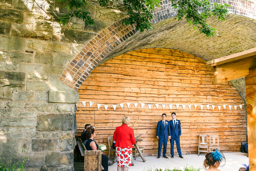getting married under a bridge