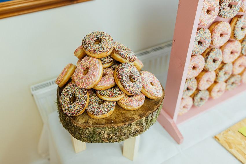 donut pile